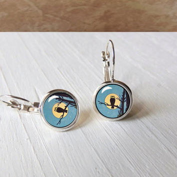 Vintage Owl Classic Halloween Moon  Leverback Earrings Gift Pendant Setting
