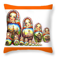 Traditional Russian nesting doll Moscow throw art pillow decorative throw pillow sofa cough throw pillow, home decor accent pillow insert
