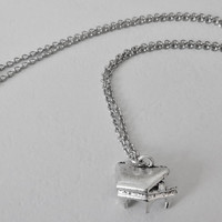 Piano Necklace in Silver - Hypoallergenic Chain