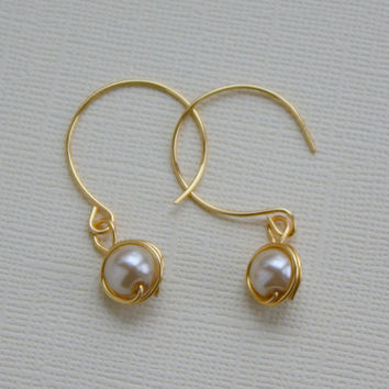Beige glass pearl dangle earrings nickel free by collscreations