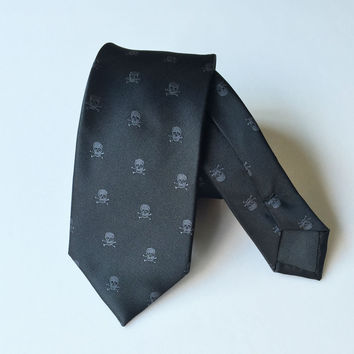 New Hot Sale Skull Mens Tie Polyester For Party Lovely Free Shipping Classic Black Pirate Neckties For Men Business Gravata