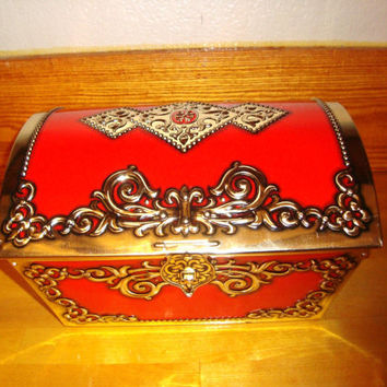 Vintage tin Treasure chest  with original lock and key