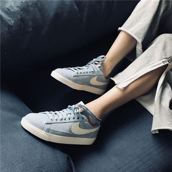 Nike Blazer Low Blue Sneaker