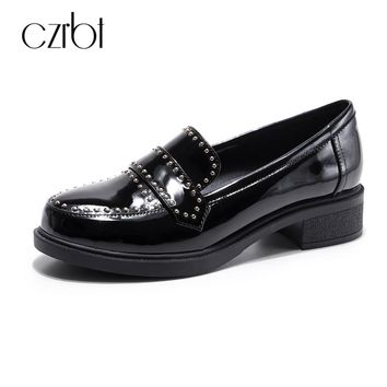 CZRBT Women Shoes Spring Autumn Genuine Leather Oxfords Shoes Woman Rivet Shallow Mouth Flats Wine Red Black Fashion Flat Shoes