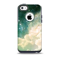 The Cloudy Abstract Green Nebula Skin for the iPhone 5c OtterBox Commuter Case