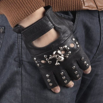 Fingerless Gloves Stylish Skull Shape & Stud Embellished Hollow Out