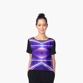 'Geometric Street Night Light (HDR Photo Art) Purple' Chiffontop für Frauen by badbugs