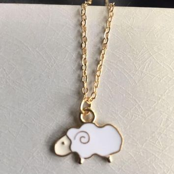 Fashion Simple Small Drops Sheep Pendant Necklace