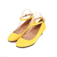 VogueZone009 Womens Closed Round Toe Low Heel Patent Leather PU Solid Mary Jane Pumps, Yellow, 7 B(M) US