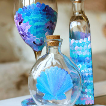 Nautical Bottle Decorations: Mermaid Fin and Scallop Shell Glass Bottles