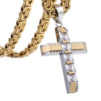 Necklace : Crystal Cross Necklace