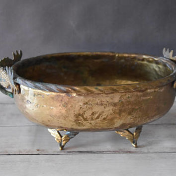 Pineapple Decor/ Pineapple Planter/ Brass Pineapple Bowl/ Vintage Brass Pineapple/ Brass Fruit Bowl/ Hammered Brass Bowl/ Footed Bowl