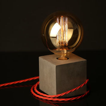 "Concrete Lamp ""The Cube"" - Lighting - Dark grey concrete table lamp with red twisted textile cable and extra large vintage Edison bulb"