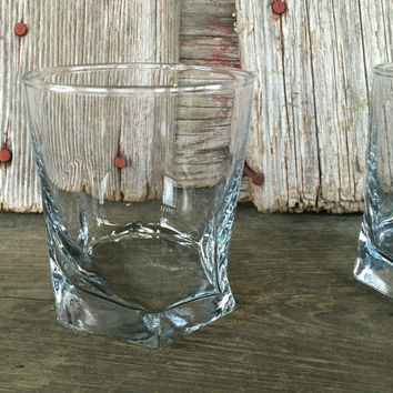 2 whiskey glasses for bar cart, old fashioned glasses weighted bottoms, scotch tumblers, double old fashioned glasses, vintage glassware set