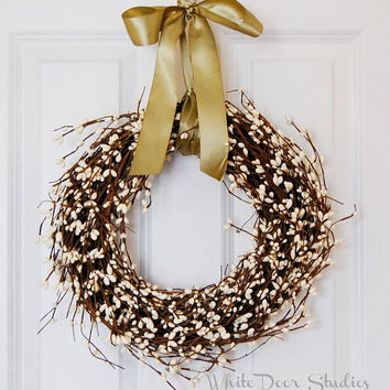 White Wreath, Berry Wreath, Winter Wreath, Front Door Wreath, White Pip Berry Wreath, Year Round Wreath, Housewarming