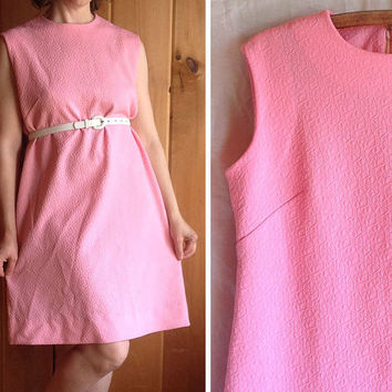Vintage dress | 1960s pink A line sleeveless mod shift dress
