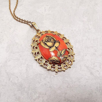 Flower Pendant, Rose Pendant, Vintage Pendant Necklace, Rose Necklace, Flower Necklace, Gold Tone Filigree, Glass Painted Cab, Flower Cameo