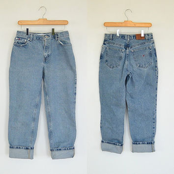 Tommy Hilfiger Jeans 90's Nicely Worn  in Women's size 6 relaxed fit