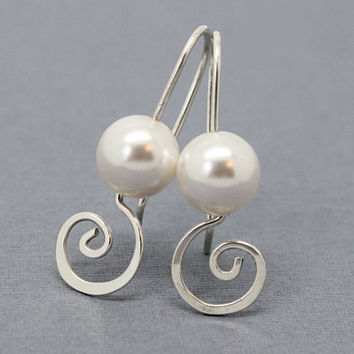 Pearl earrings, 925 sterling silver swirl earrings with Swarovski crystal pearls, wedding jewelry, gifts for bridesmaids earrings