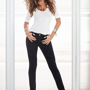 Seamless cami, color skinny jeans, studded wedges