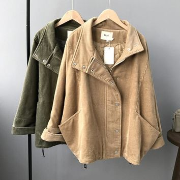 Trendy 2018 Winter Autumn Women Fleeced Corduroy Jackets Oversized Fashion Batwing Sleeve Loose Cotton Liner Coats Plus Size AT_94_13