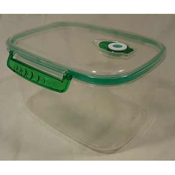 Kitchen Container with Lid 10in x 6 1/2in x 5 1/2in Plastic 4.2L 4.4QT -- Used