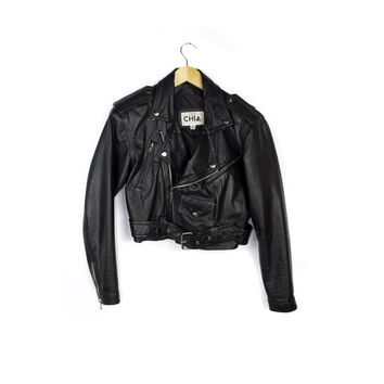 1980s classic black leather motorcycle jacket / vintage 80s cropped crop fit / biker punk jacket /  womens biker jacket / size small