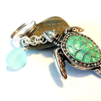 Pretty Sea Foam Green Sea Turtle Keychain