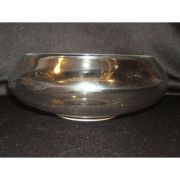Designer Bowl 8 1/2-in x 3 1/2-in and 1/8-in Thick Clear Glass -- Used
