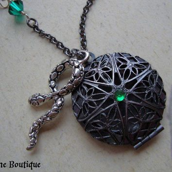 ,HORCRUX Harry Potter Inspired Slytherin Locket by JetaimeBoutique