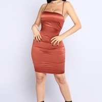 ONETOW Passionate Satin Dress - Rust Day-First?