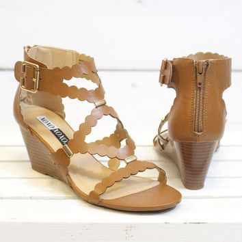 Scottie Scalloped Wedge Sandal {Tan}