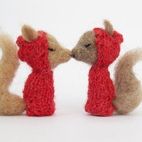 FINGER PUPPET SWING, Needle Felted Red Squirrel Valentines, Handmade Toy and Home Decor, Romantic Wedding Gift or Gift for a Child or Baby