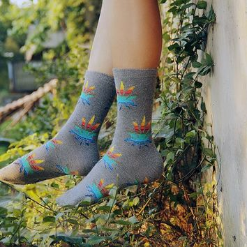 new design high quality cotton wool autumn winter creative colorful maple leaf pattern fashion men brand happy weed socks