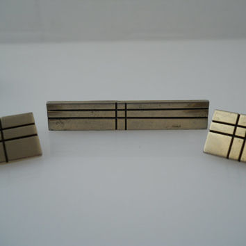 Hickok Cufflink Tie Clip Set Etched Deco Style Offset Toggle