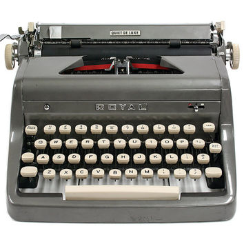 1955 Royal Typewriter Quiet De Luxe  / Charcoal Gray / Original Case / New Ribbon