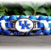 Kentucky Wildcats Paracord Bracelet Made with an Officially Licensed NCAA Charm