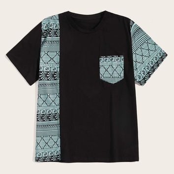 Men Contrast Pocket Aztec Print Tee