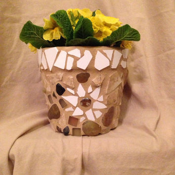 Flower pot, handmade mosaics, terra cotta planter, outdoor patio, garden, home decor indoor planters. kitchen decor