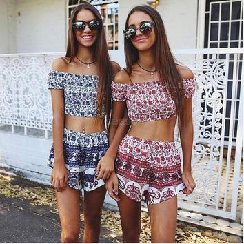 Women Fashion Sexy Two Pieces Strapless Off Shoulder Backless Stretch Frilly Crop Tops And Print Shorts Set 7_s = 1917033092