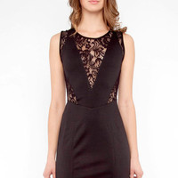 Lacey V Dress in Black :: tobi