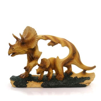 Animal TRICERATOP WOODLIKE CARVING. Polyresin Dinosaur Mmd202