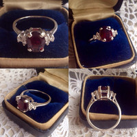 Vintage 14k White Gold Natual Garnet and Diamond Ring / 1.14 TCW of beautiful Diamonds / Size 7
