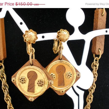Big Sale Vintage Miriam Haskell Necklace Earrings Key Hole Set Brown Wood Gilded Signed