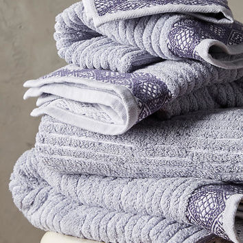 Rhombi Towel Collection
