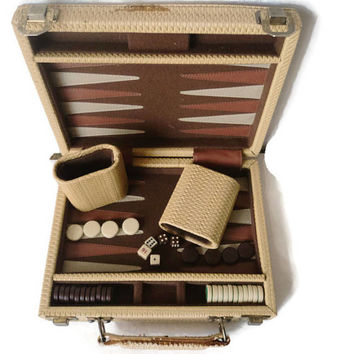Backgammon Vintage Travel Game With Storage Case Magnetic Chips