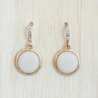 White Smoke Round Earrings - Earrings