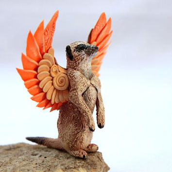 Winged Meerkat Animal Totem Figurine Fantasy Skulpture Guardian Spirit Amulet Shamanic Native Green Forest