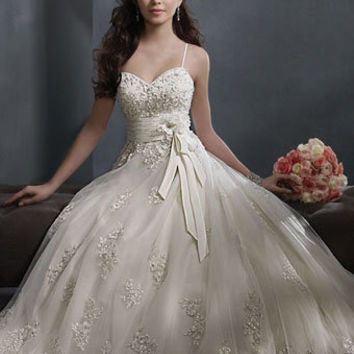 Alfred Angelo Style 2300