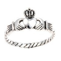.925 Sterling Silver Antique Finish Claddagh Ring